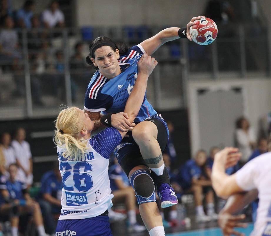 Alexandra Lacrabère et les Françaises partent au Danemark avec l'étiquette d'outsider pour un championnat du monde particulièrement relevé.