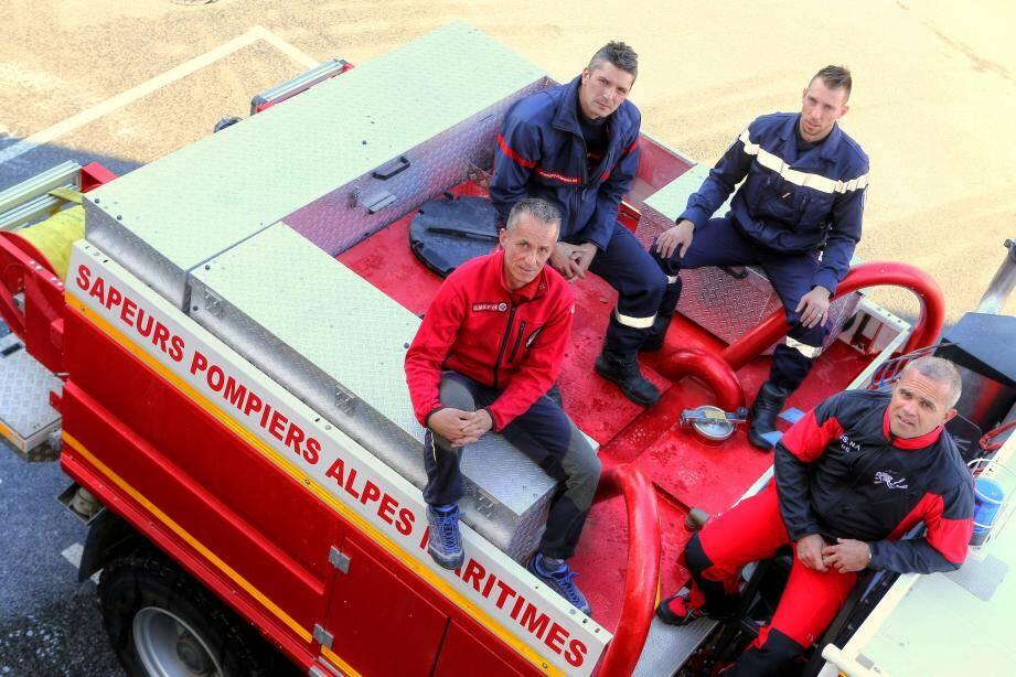Manu Dupont, David Matteoli, Brice Bédier et Jonathan Pons, quatre des pompiers en première ligne durant la nuit du 3 octobre.