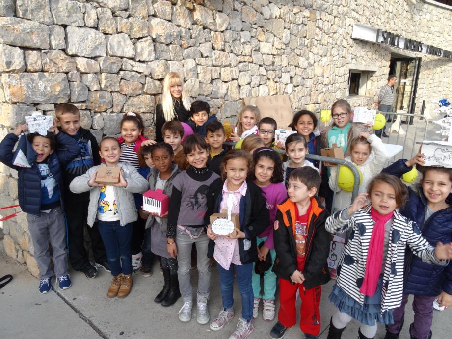 Les enfants ont participé au démarrage du Valgothon.