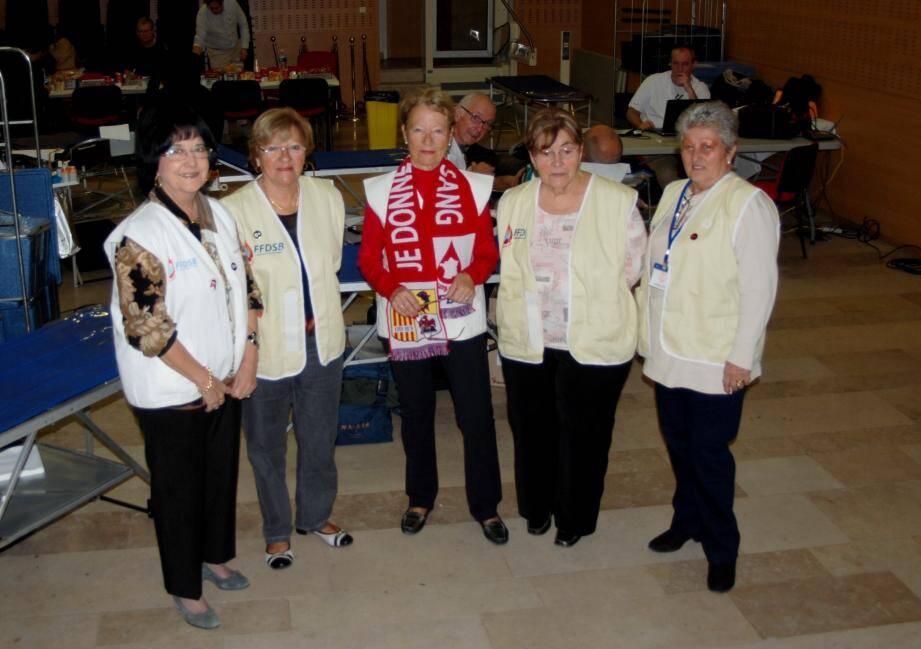 L'équipe de l'amicale des donneurs de sang continue son action de prosélytisme en faveur du don de sang.