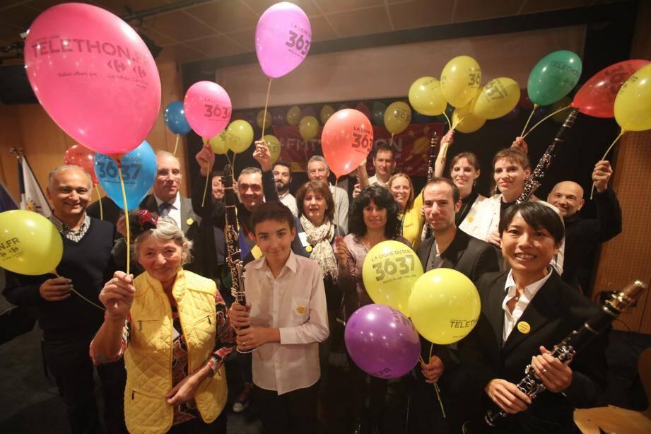 L'ensemble de clarinettes du centre musical Méditerranée a donné le LA pour le lancement du Téléthon.