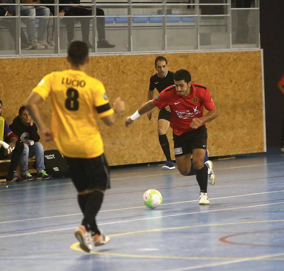 Thiago Souza (ici contre Douai) et les Toulonnais ont fait le job face à Bastia (8-3).