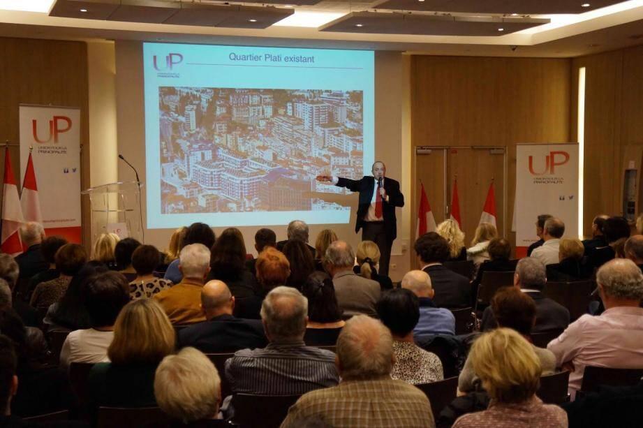 Mercredi dernier, l'UP, a rassemblé plus de cent Monégasques et enfants du pays venus écouter Jean-Michel Cucchi afin de mieux appréhender les enjeux de la restructuration du quartier Plati.