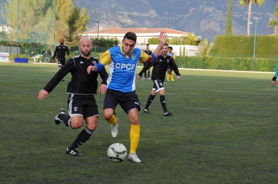Gignoli, promu capitaine hier après-midi, a vu la JSSJB s'imposer grâce à des buts de Ferreri et Meddour.