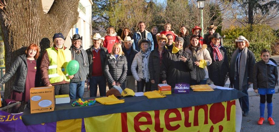 Les associations et partenaires de la journée ont mis à profit le beau temps pour apporter leur écot au Téléthon.