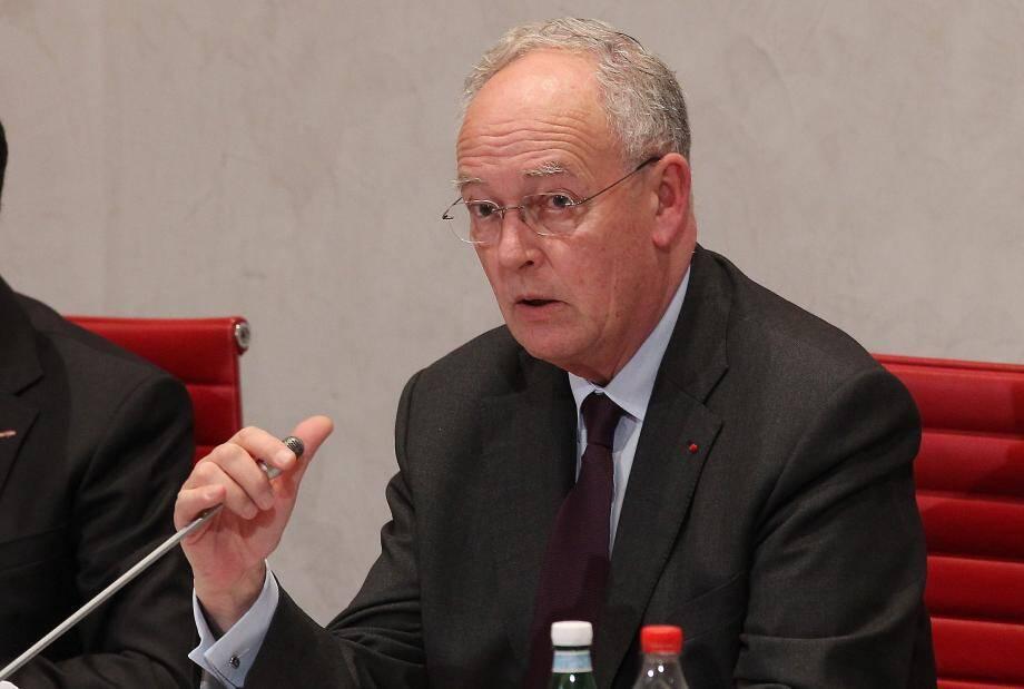 Michel Roger, le 9 décembre, lors d'une séance publique au Conseil national.