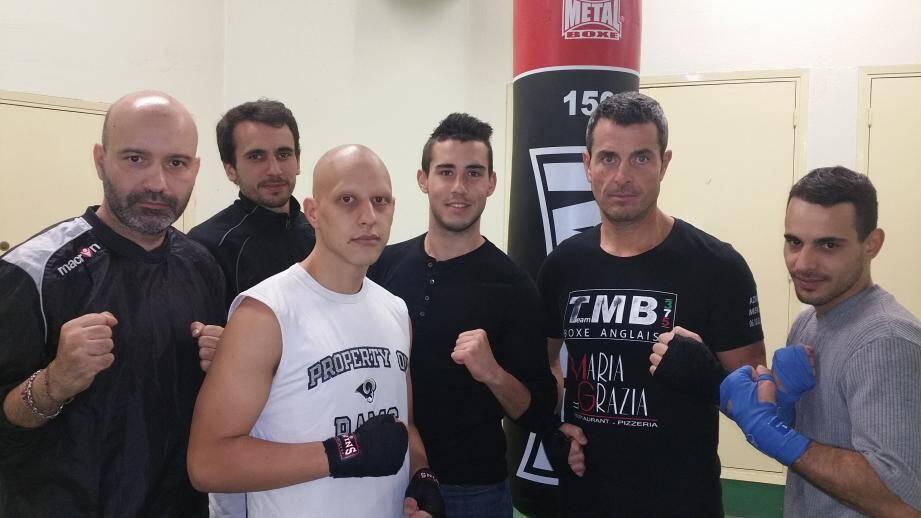Les boxeurs de Maxime Brandimarte (tout à gauche) acquièrent de l'expérience au fil des réunions. (D.R.)