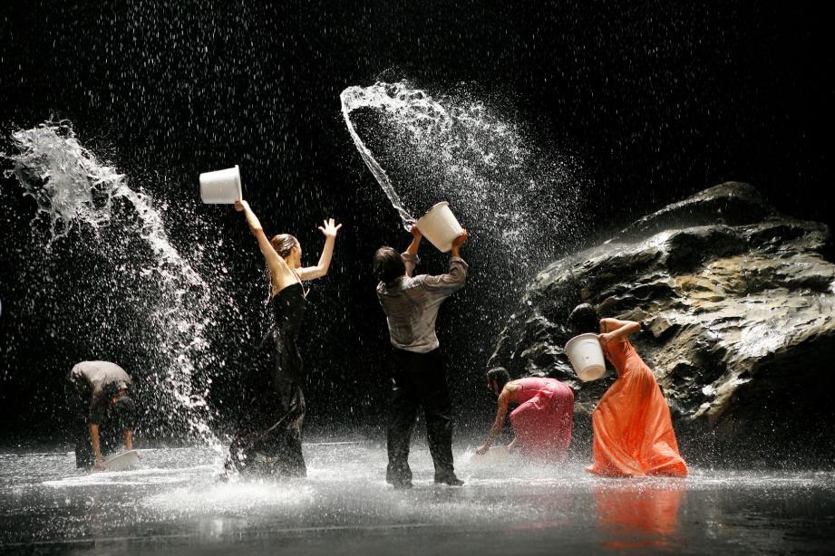 Un spectacle audacieux, original et fascinant qui a rempli hier, le Grimaldi Forum.