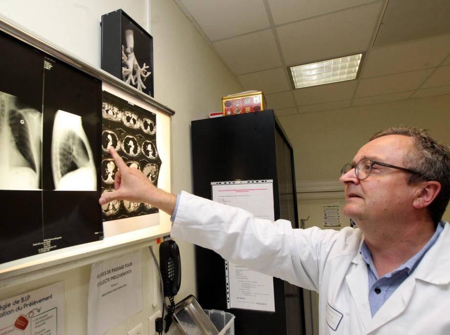 Les travaux du Pr Paul Hofman du CHU de Nice sur la détection de cellules cancéreuses du poumon font partis des projets retenus.