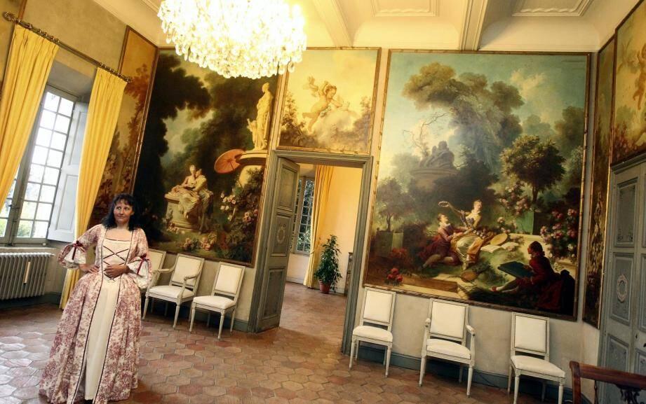 La réouverture de la villa Fragonard, le 25 avril. après plusieurs mois de fermeture pour rénovation, la villa s'est fait une nouvelle jeunesse. Malheureusement, des dégradations ont obligé la ville à refermer ses portes en octobre.