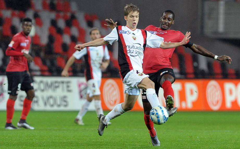 Koziello lors des huitièmes de finales de Coupe de la Ligue, face à Guingamp.