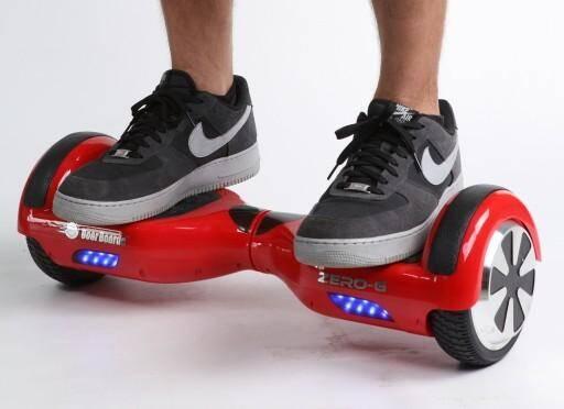 Un hoverboard.