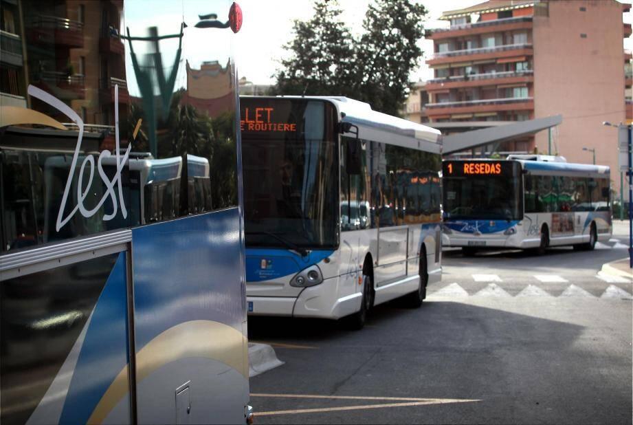 Zest Bus à Menton.