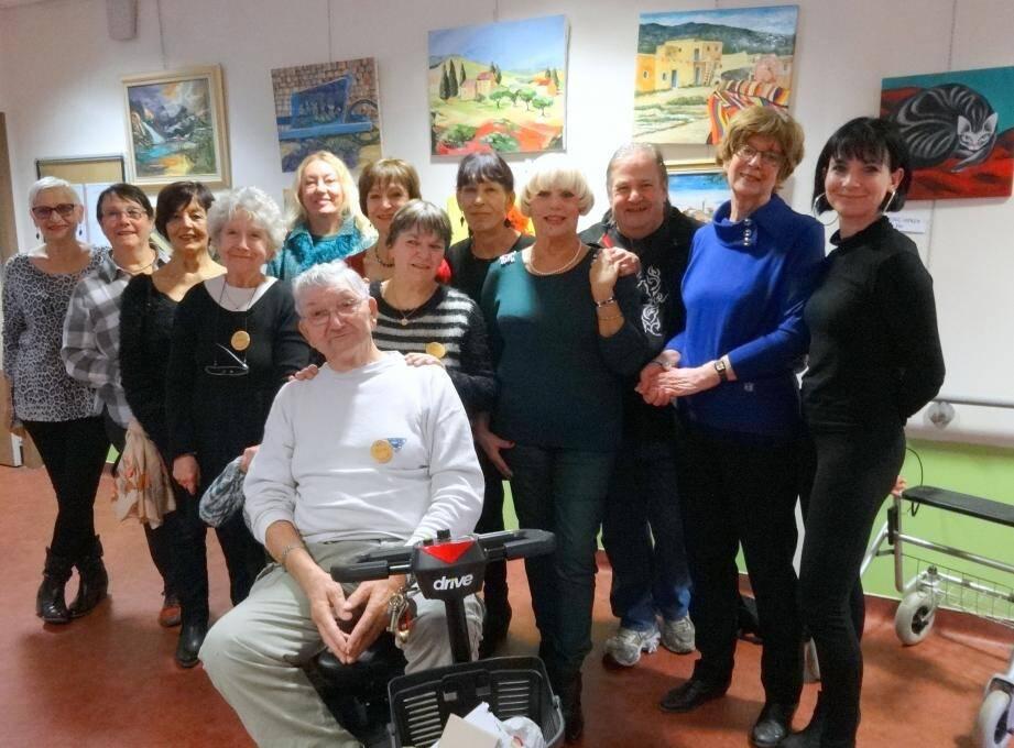 Les « Artistes Gardéens » exposent au Mas des Sénès.