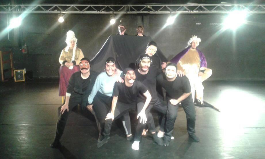 « Le temps d'un poème », création originale de la troupe « Enfants d'avril », en spectacle vendredi à l'espace Magnan.