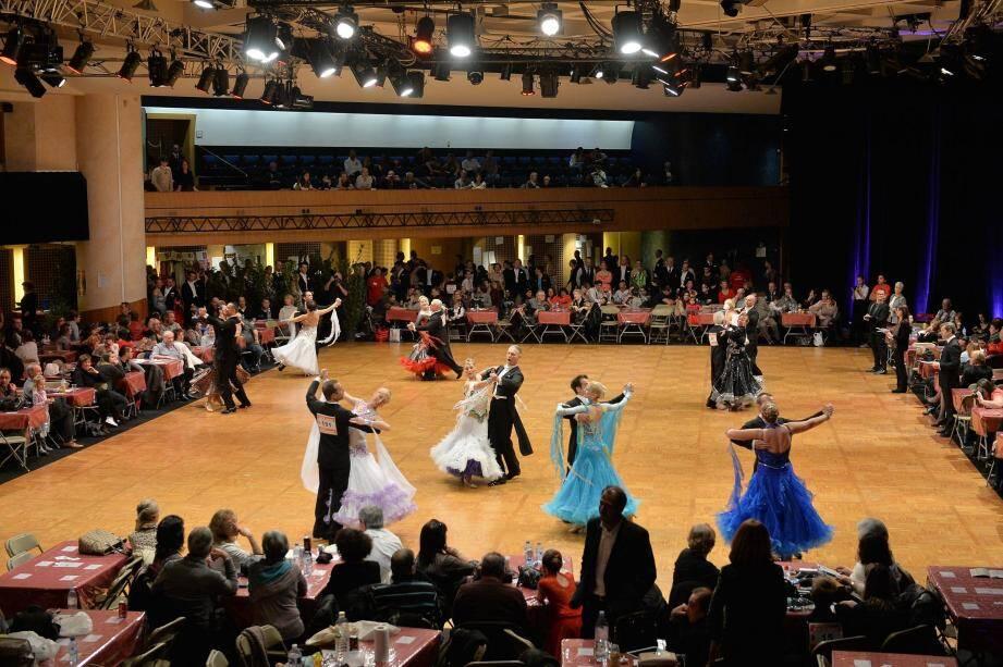 La danse sportive mêle des aspects sportifs comme artistiques. L'événement de samedi était l'occasion de venir à la rencontre de la discipline.