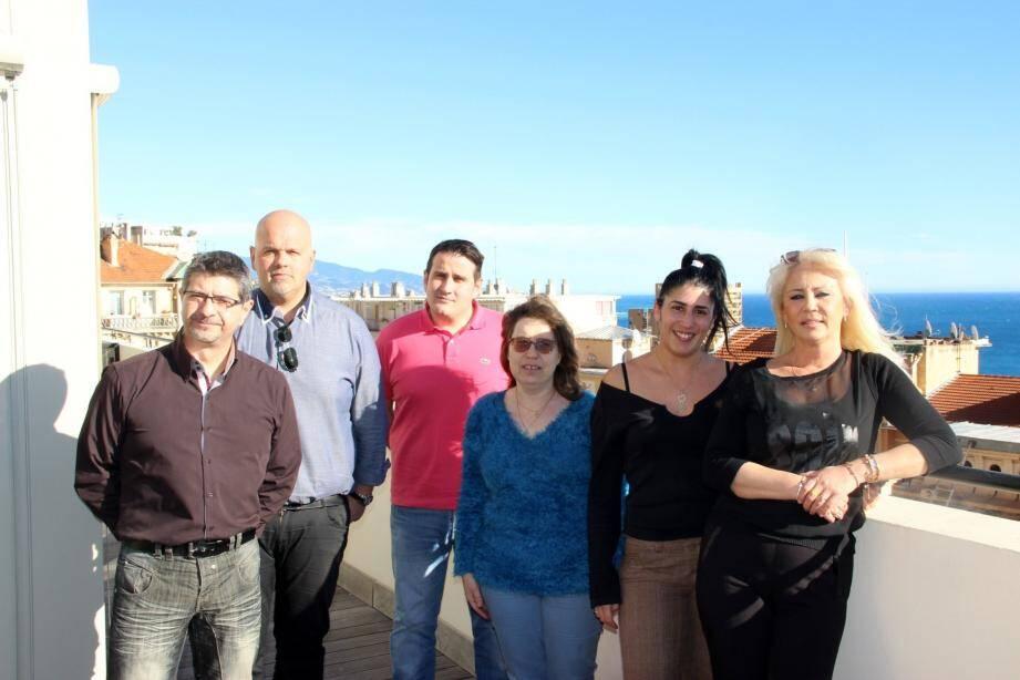 Les agents recenseurs : Frédéric Michelis, Hervé Culcasi, Kevin Calzolari, Chrystel Nys, Sabrina Khemila et Martine Massot.