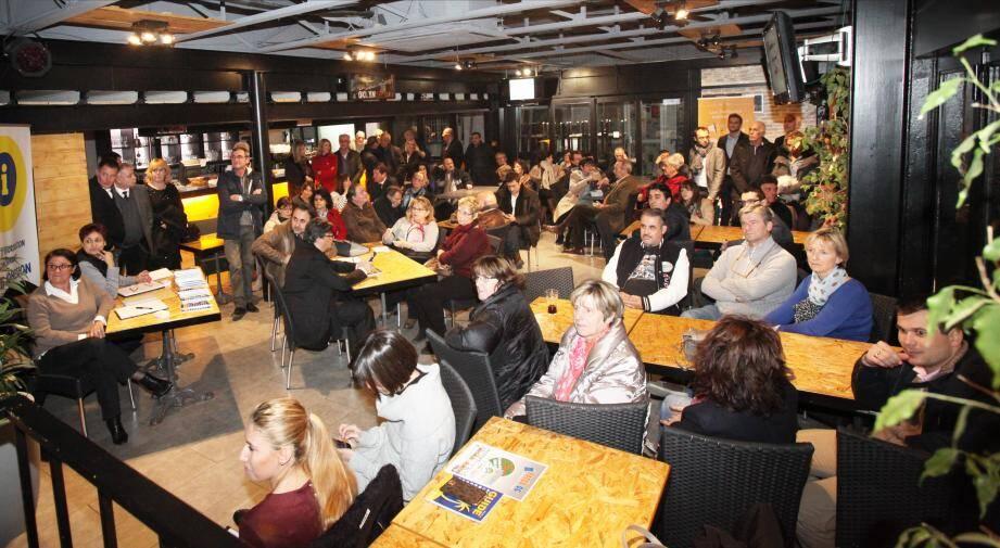 Une bonne centaine de personnes a répondu présente à l'appel de l'Union boccassienne des commerçants industriels et artisans l'autre soir au Brooklyn café.