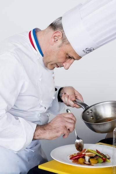 Philippe Joannes, chef exécutif du Fairmont, fera une démonstration culinaire.