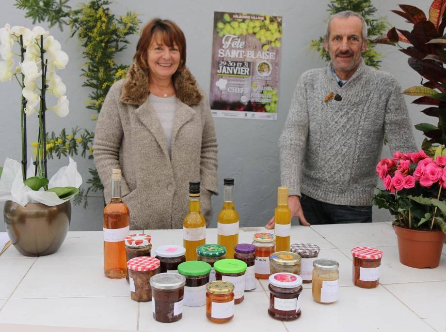 Dany et Gérard Pisalini collectent les produits en vue des concours.