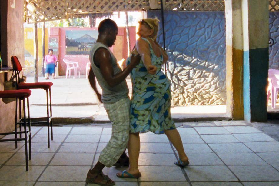 Entre Amour, l'un des trois volets de la trilogie Paradis, le cycle Alain Delon (ci-dessus dans Monsieur Klein) le cycle Costa-Gavras (représenté ci-dessus par L'Aveu avec Yves Montand) et le cycle Buster keaton, les cinéphiles vont s'en donner à cœur joie…(DR)
