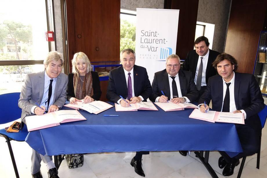 Après quatre mois d'intenses pourparlers, la charte a été signée hier midi en mairie.