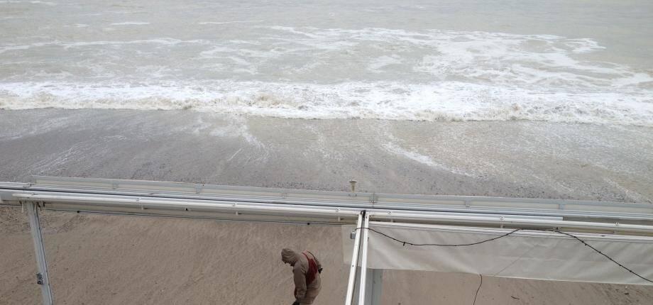 Un coup de mer à Nice (image d'illustration)