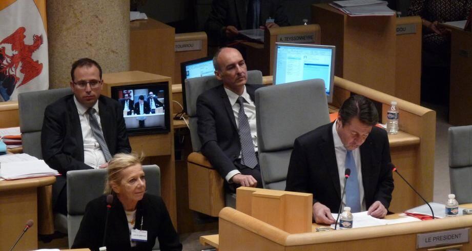 Christian Estrosi dans l'hémicycle du conseil régional