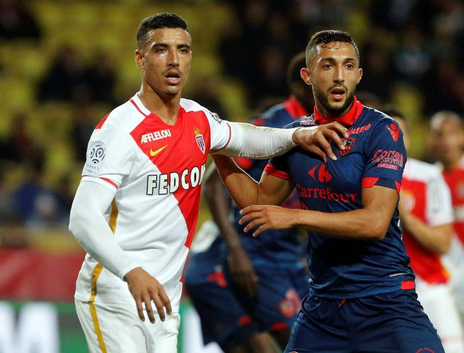 Touché à la cuisse, Nabil Dirar est incertain pour Angers.