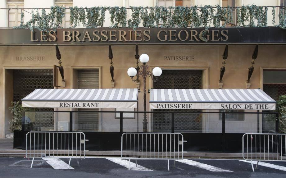 Le 3 décembre, les Brasseries Georges, rue Sacha-Guitry en plein cœur de ville, fermait ses portes, laissant une vingtaine d'employés sur le carreau.