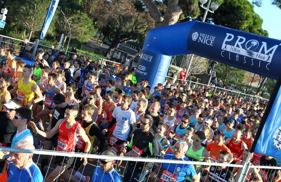 La 16e édition de l'épreuve a réuni 10000 concurrents sur la Promenade des Anglais.Parmi lesquels une cinquantaine du club antibois.