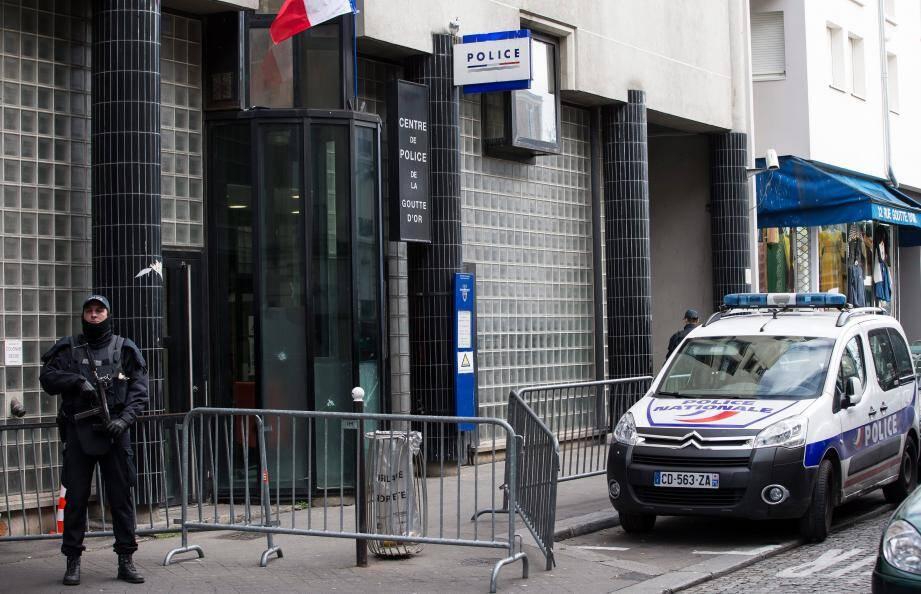 Le commissariat parisien où l'assaillant a été abattu le 7 janvier.