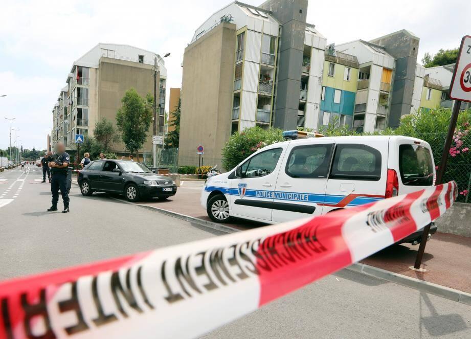 Règlement de comptes entre communautés dans la cité le point du jour à Saint-Laurent du Var.