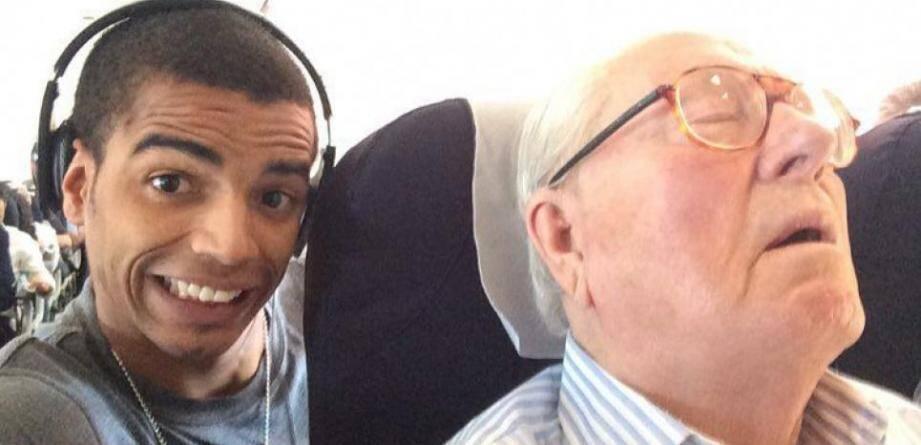 Le selfie de Brahim Zaibat avec Jean-Marie Le Pen.