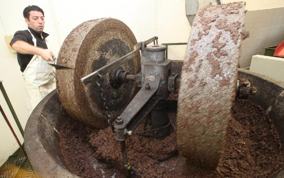 A Castellar, le broyeur en granit date de 1947.