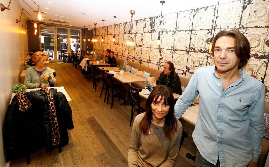 Virginie et Olivier ont inauguré leur restaurant entièrement rénové samedi soir.