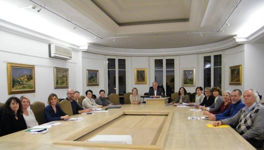 Le maire a reçu les membres du comité consultatif sur le handicap pour entendre les résultats du travail du dernier semestre.