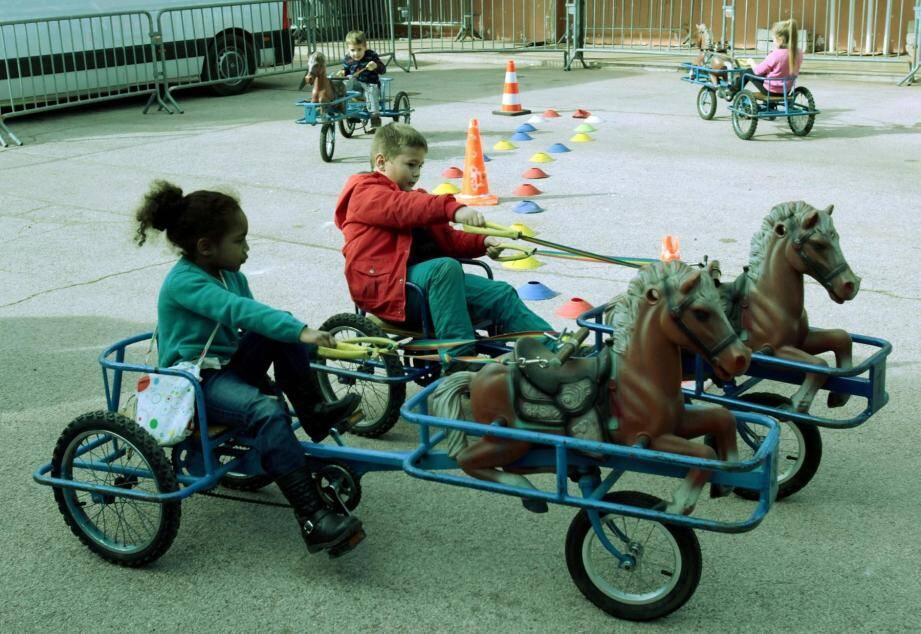 Comme l'an passé, les petits Cagnois pourront jouer les jockeys en herbe à bord des vélos sulkies mis gratuitement à leur disposition.