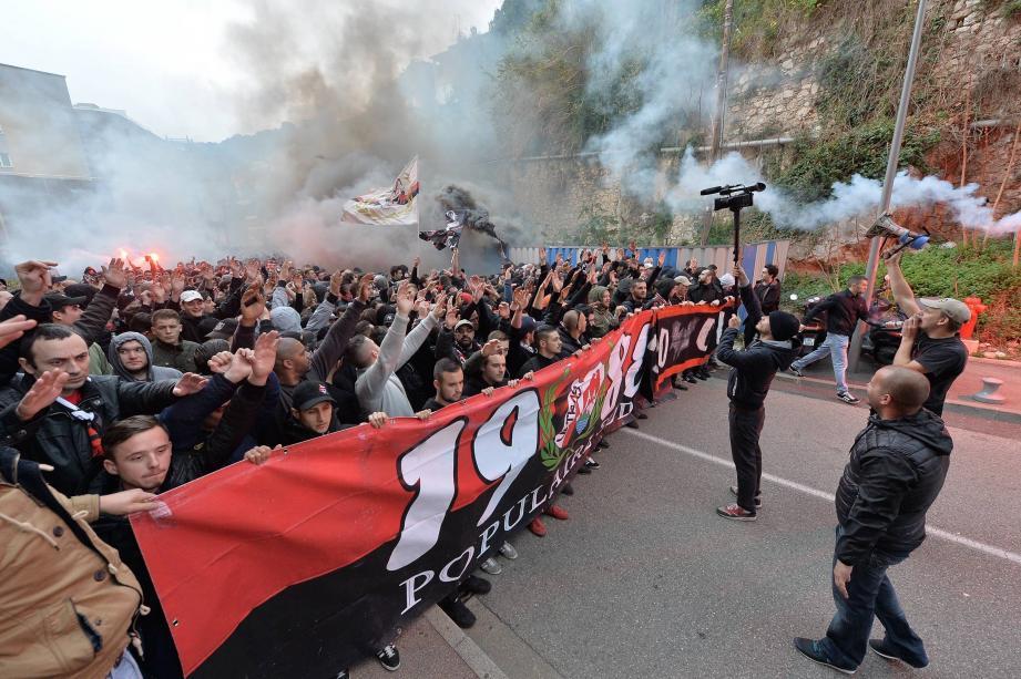 À pied ou en deux roues, beaucoup de supporters de l'OGC Nice ont assisté au derby, hier au stade Louis-II.