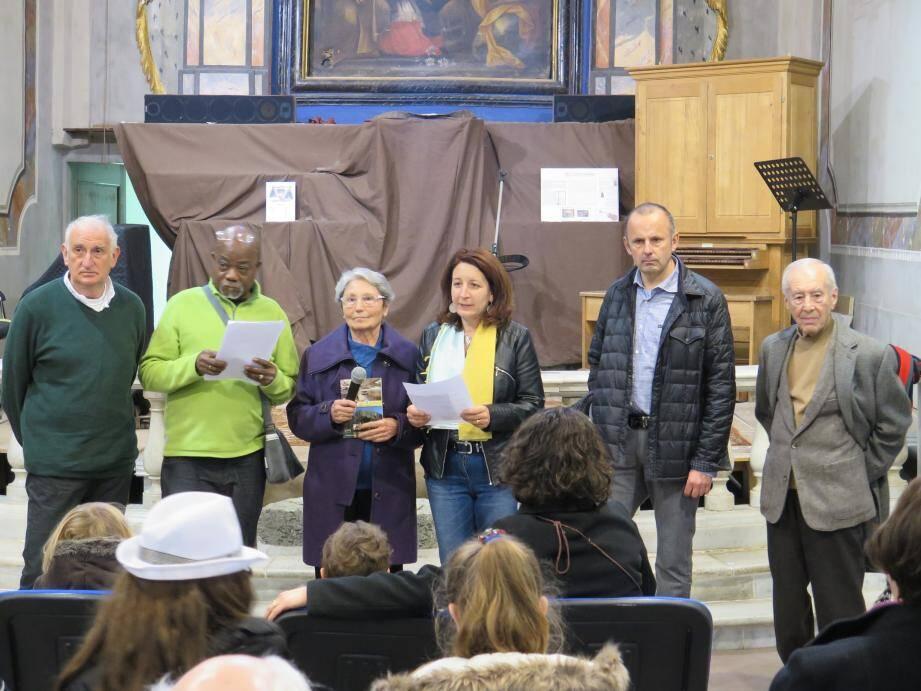 De gauche à droite : Jacques Drouin, Gentil Domesor, Andrée Pomarede, Laurence Forestier, Jean-Marc Masseglia et Charles Sartore.