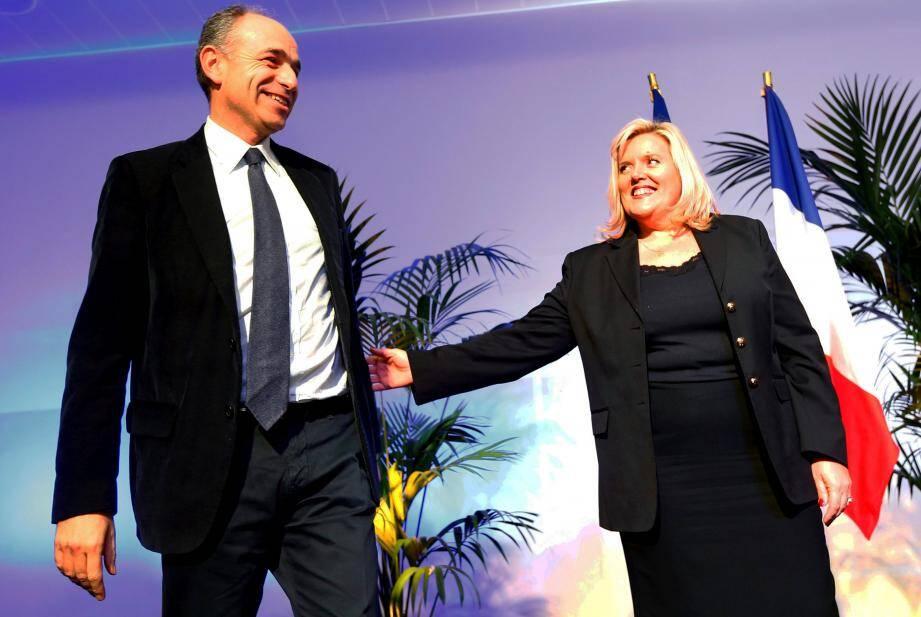 J.-François Copé accueilli par Michèle Tabarot, hier soir au Cannet.