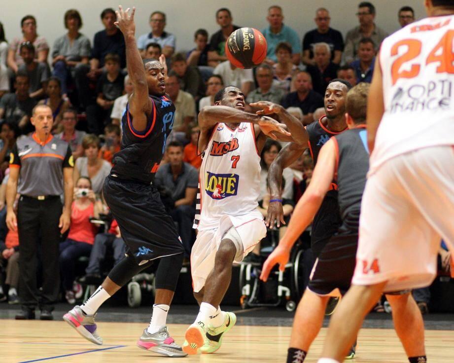 Le Manceau Gédéon Pitard fait partie des six joueurs impliqués.