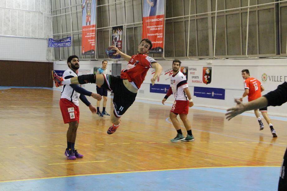Tourraton (9 buts) a écœuré la défense du Gazélec, samedi dernier.