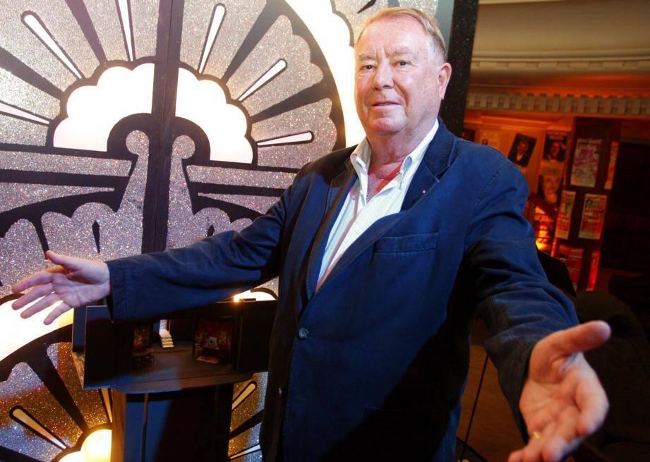 Jusqu'en 2011, Patrick Hourdequin a tenu les rênes du théâtre Princesse-Grace, dont il fut le premier directeur.