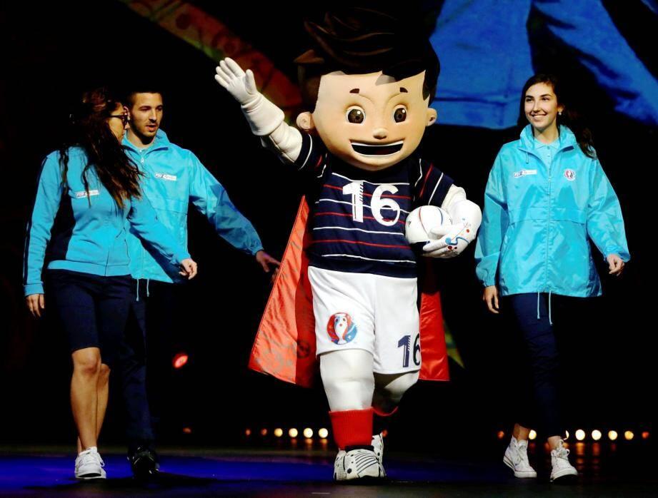 L'Euro 2016 de football, événement sportif majeur de l'année à Nice, a sa mascotte, baptisée Super Victor.