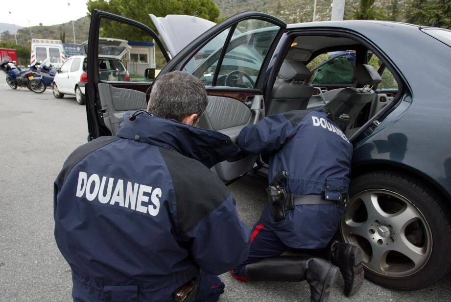 C'est au péage de la Turbie, point de passage des trafiquants entre l'Espagne et l'Italie, qu'a eu lieu la découverte de la drogue.