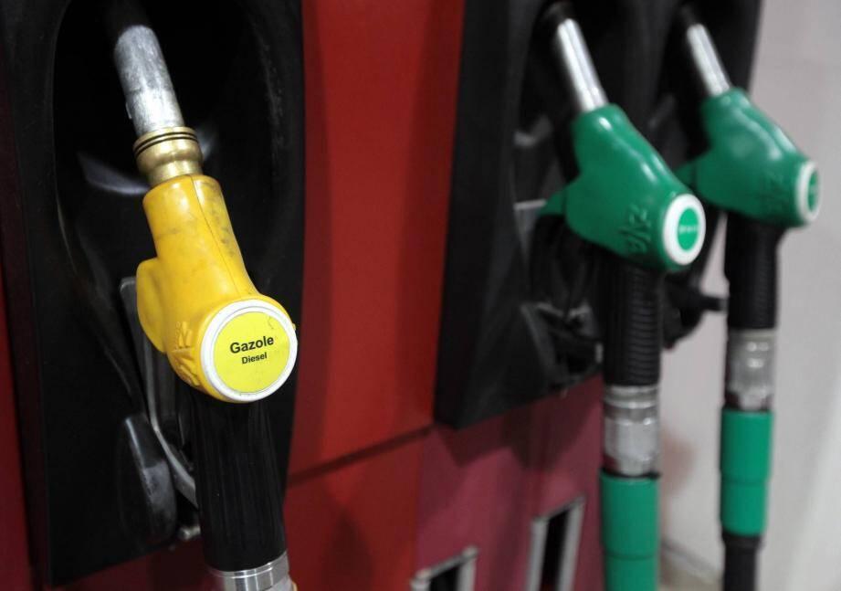 Les Azuréens préfèrent l'essence au diesel.
