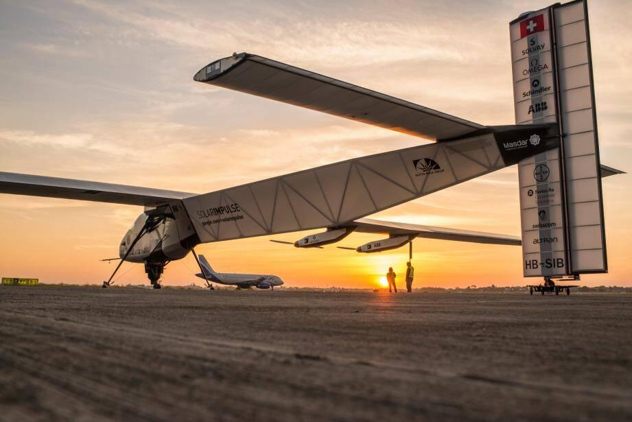 L'avion Solar Impulse est propulsé par l'énergie solaire.