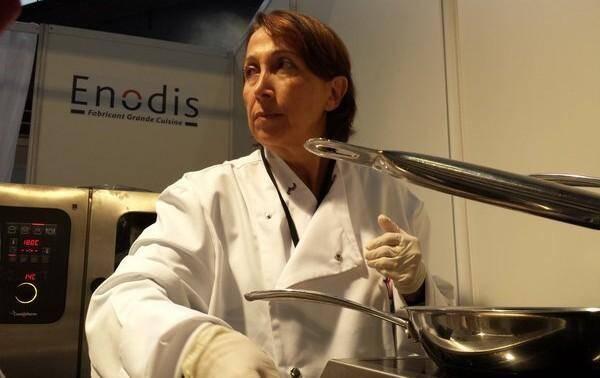 Martine, abonnée #monjournal, cuisine aujourd'hui aux côté du chef Chun Wong.