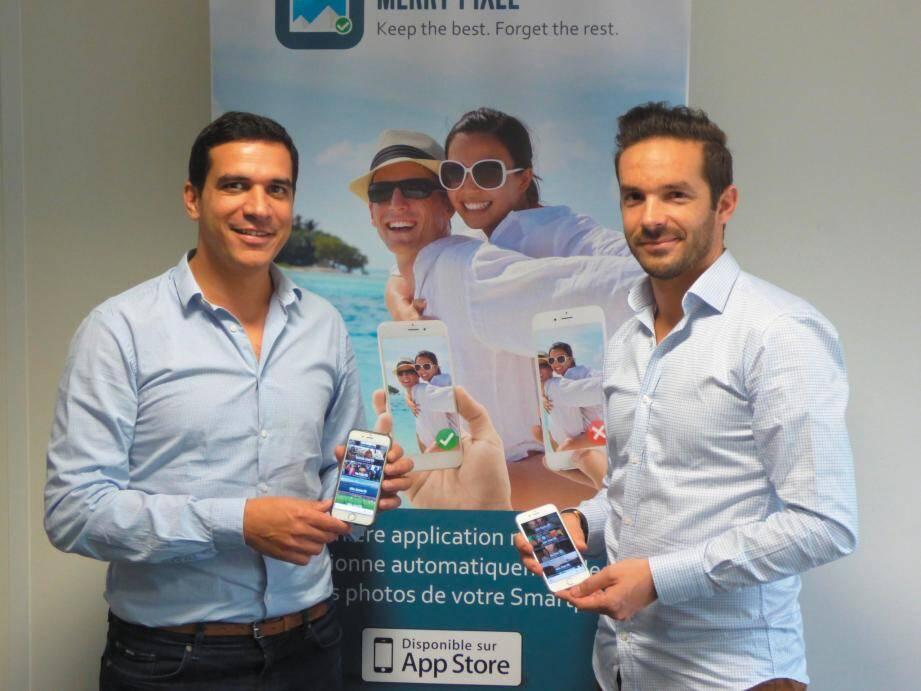 À gauche, Alexandre Benjamin, CEO, et Damien Greusard, responsable communication, présentent l'application Merry Pixel pour l'instant uniquement disponible sur l'App Store.